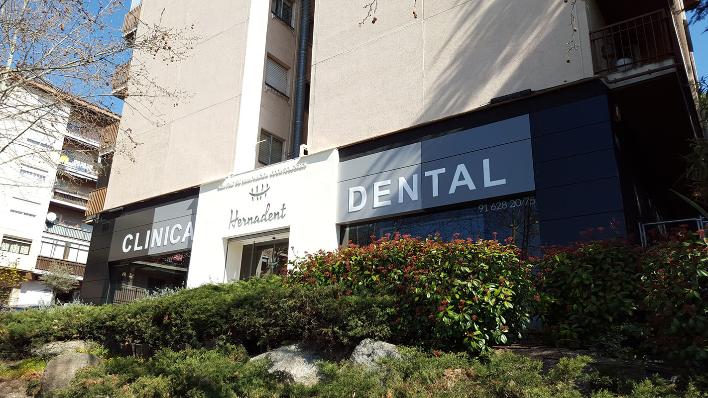 CLINICA DENTAL 2